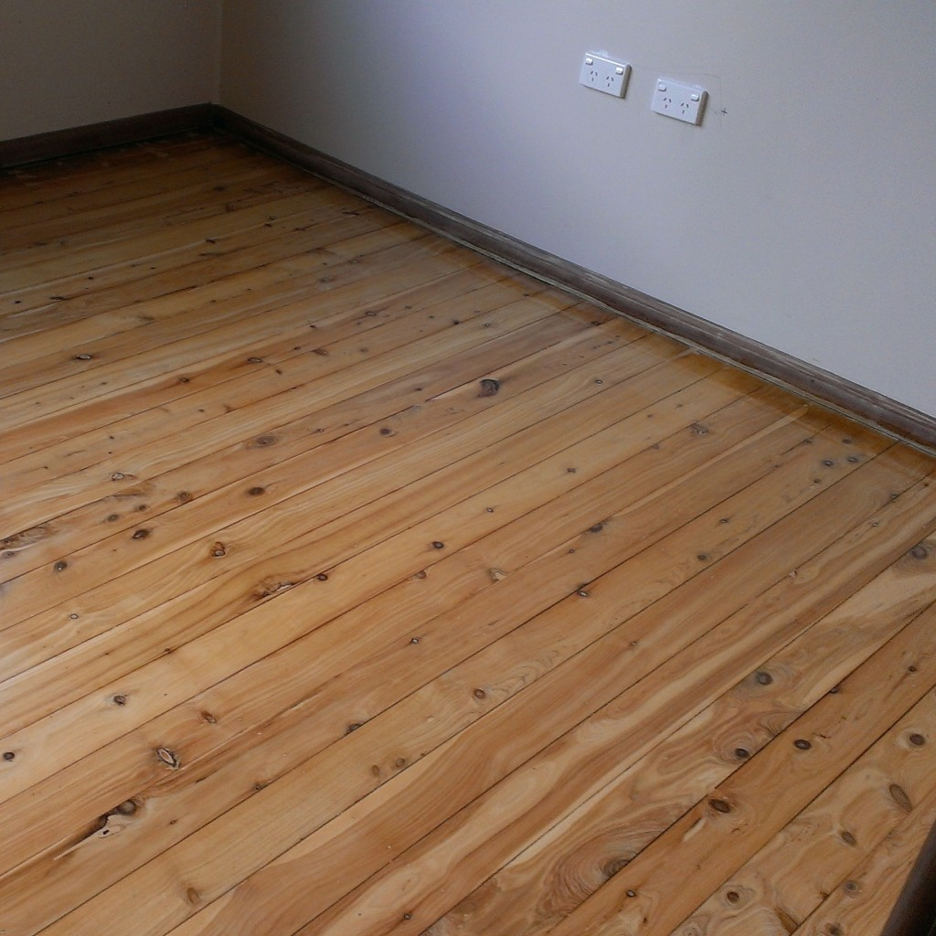 The finished floorboards. Next job painting.